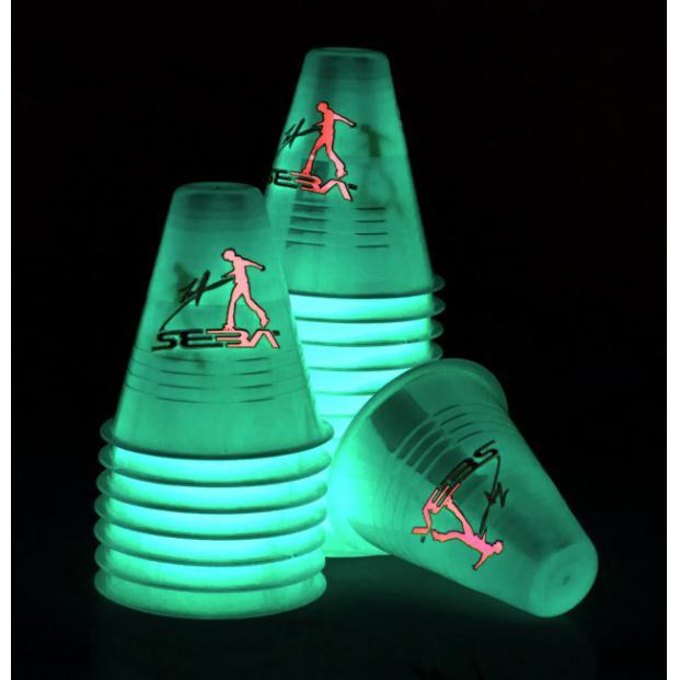 SEBA DD Fluorescent Cones glow